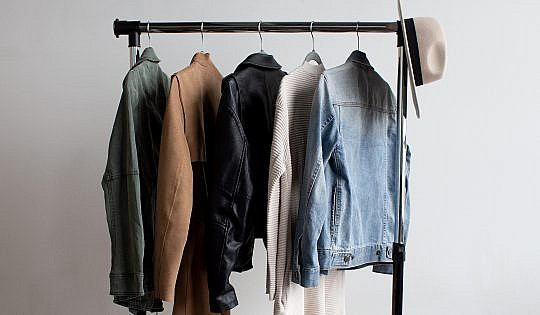 Post-5 Tips For Spring Cleaning Your Closet